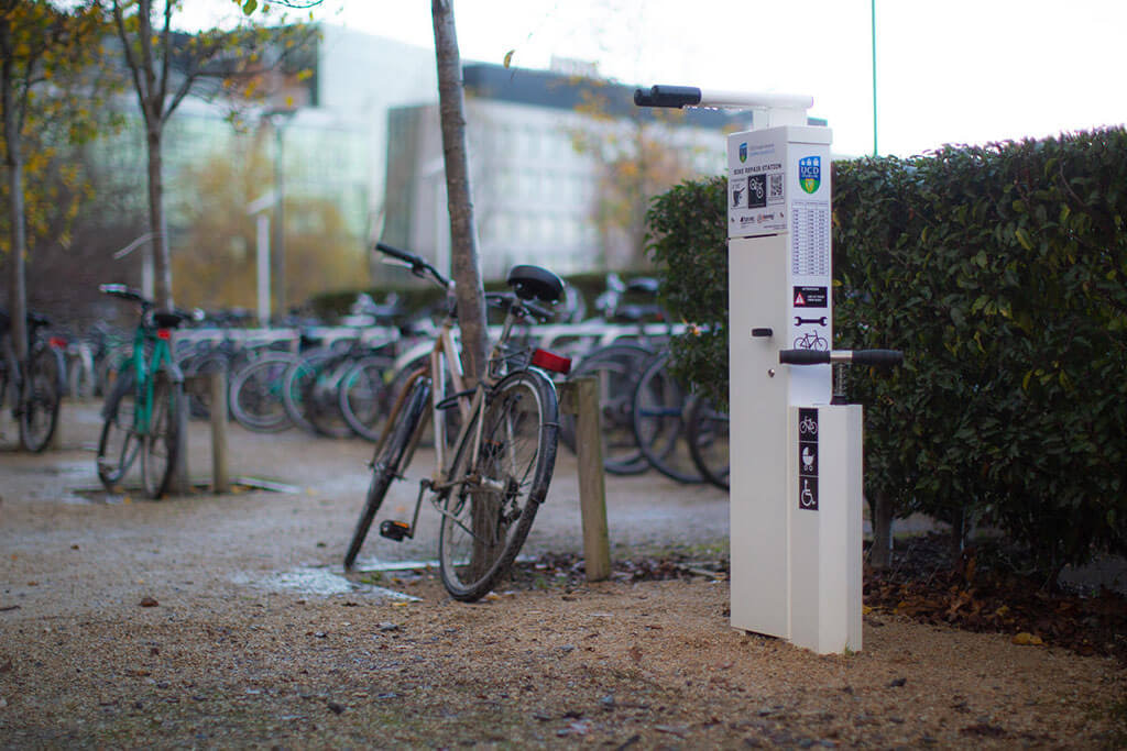 Bike Repair Stand With Parking