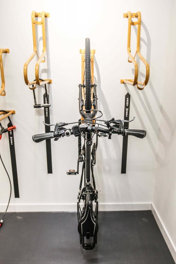 Mastering Indoor Vertical Bike Storage