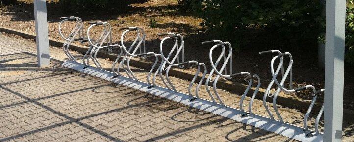 High-Density Cycle Parking: Bike Rack Spacing