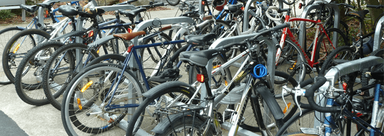 Avoiding clashing points in cycle parking