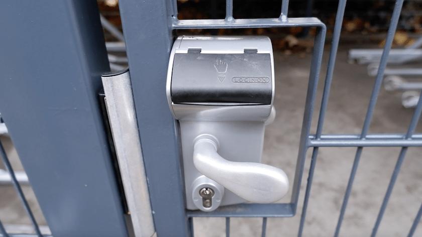 cubic keypad lock