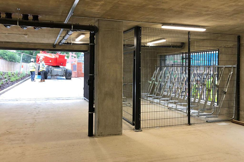 Mesh cage shelter