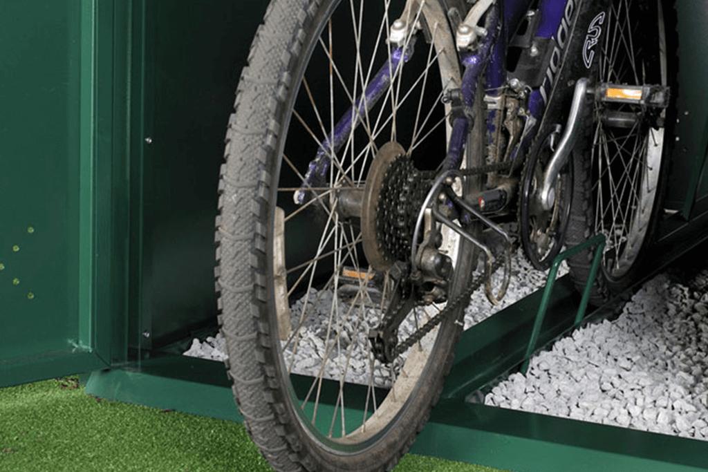Horizontal bike locker inside