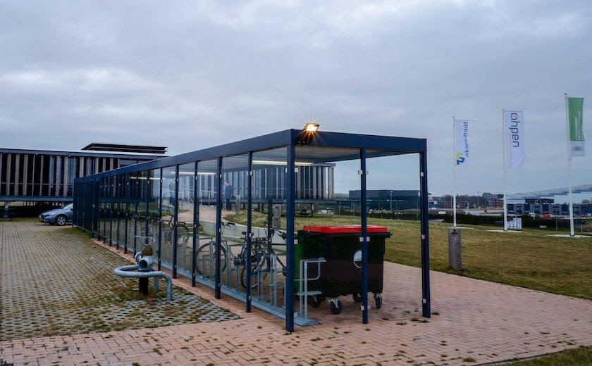 Open_Fronted Glass Bike Shelter