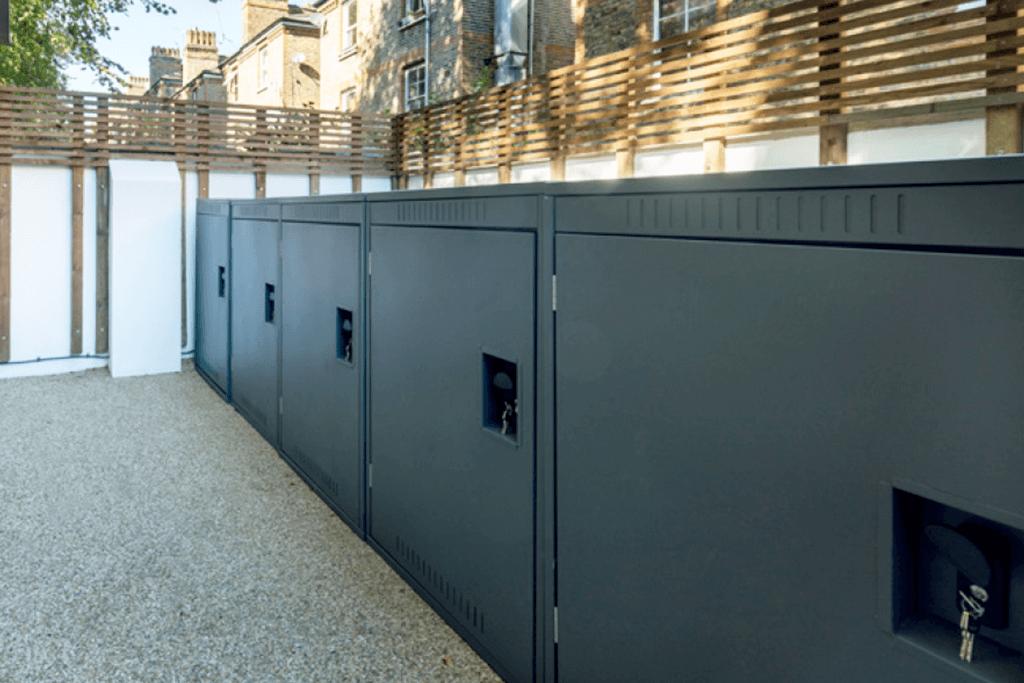 Horizontal bike lockers