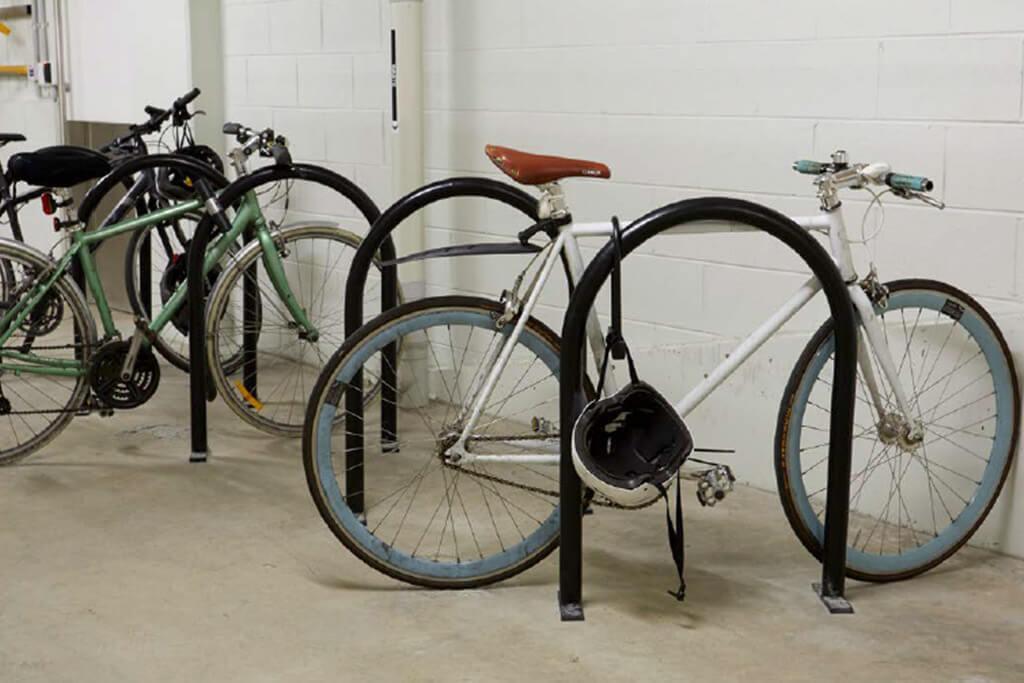 Floor cycle mounts