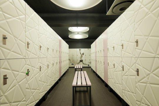 custom fitting lockers