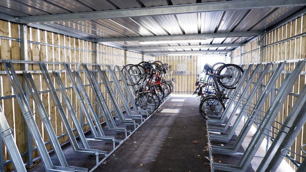 semi vertical cycle storage
